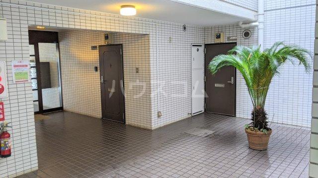 セザール大岡山 104号室のエントランス