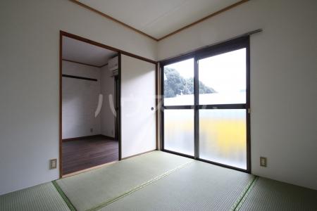 コーポ白水 203号室のベッドルーム