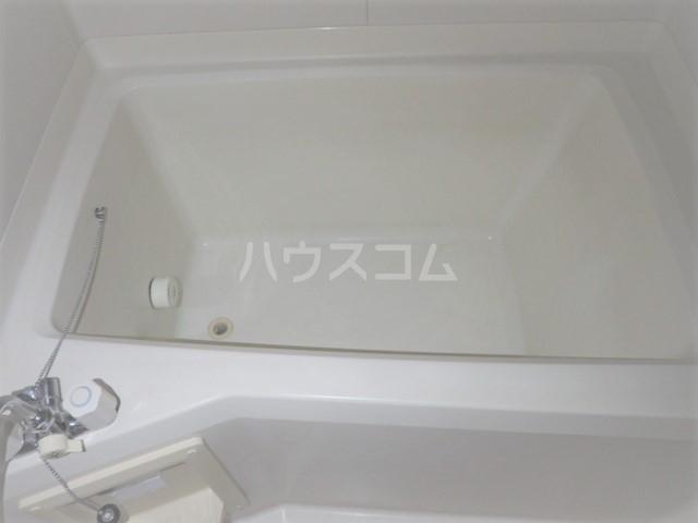 メゾンアキモト 102号室の風呂