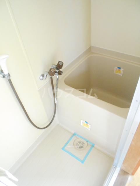 高尾コーポ 205号室の風呂