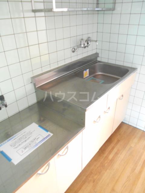 高尾コーポ 205号室の洗面所