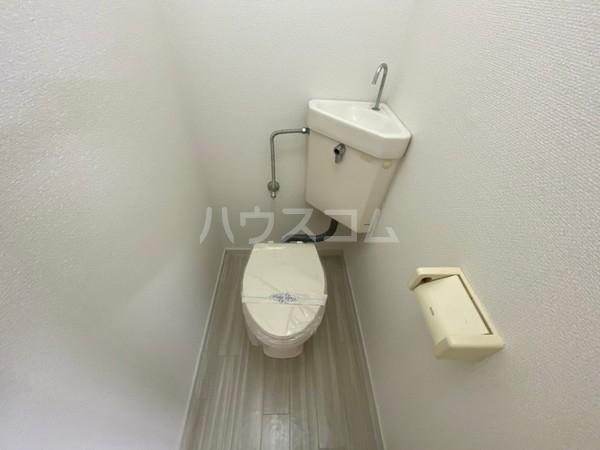 エミーハイツ 202号室のトイレ