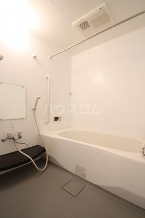 リヴェール21 202号室の風呂