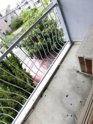 馳川アパート 3号室のバルコニー