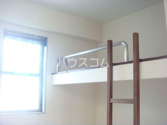 ビューハイツ1 301号室の収納