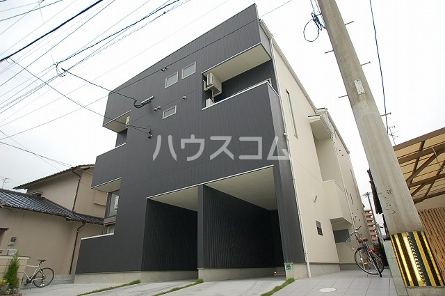 ボナール箱崎駅東外観写真