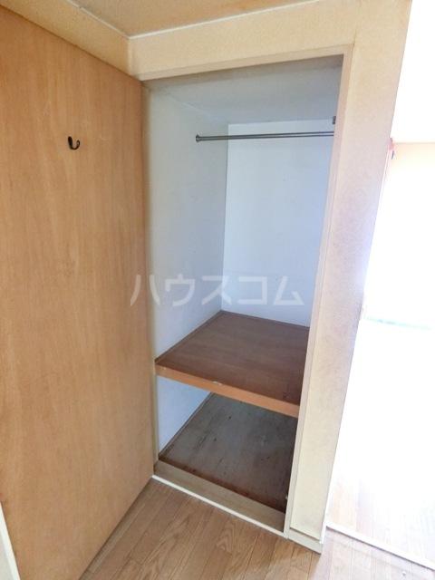 ウイング筥松 A101号室の収納
