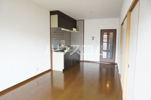セントレージ博多 203号室のキッチン