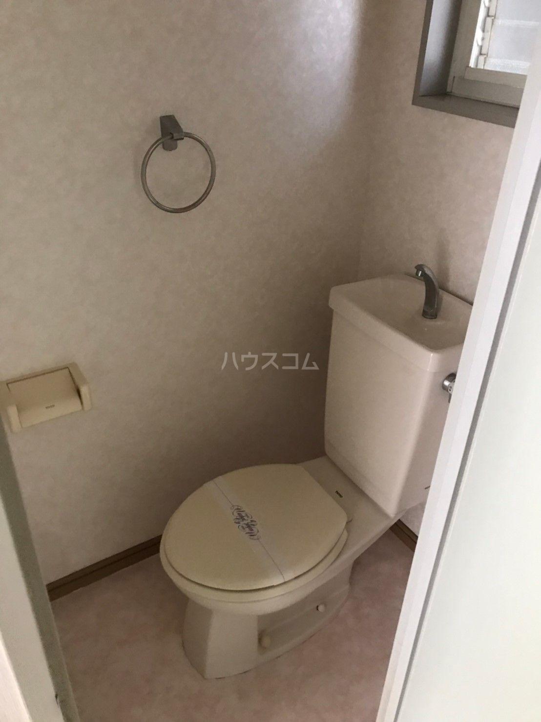 ピサ多の津 102号室のトイレ