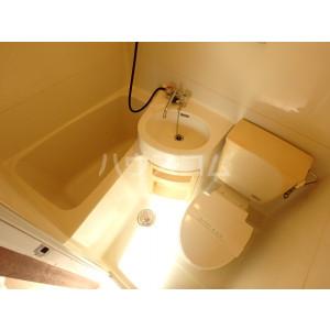 野間ローズパレス 401号室のトイレ