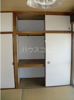 窪田ハイツ 207号室の収納