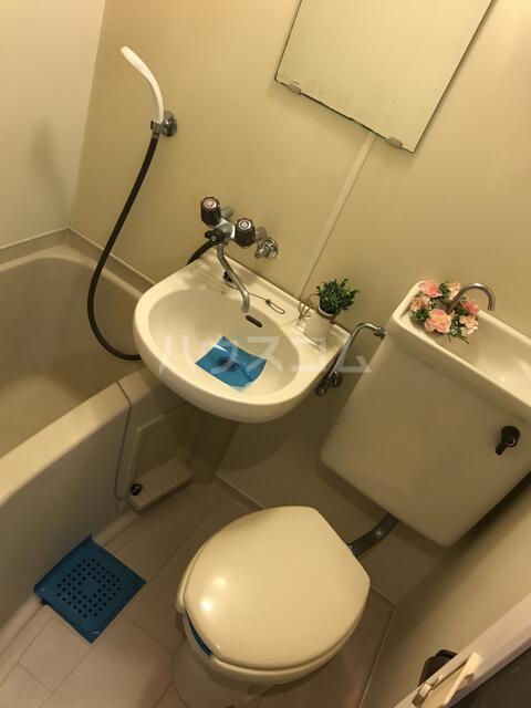 オアシス堤 201号室のトイレ