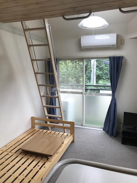 オアシス堤 201号室の居室