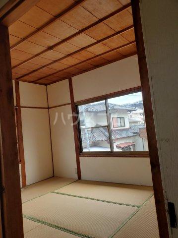 三宅貸家の居室