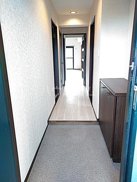 セレッソ高宮 504号室の玄関