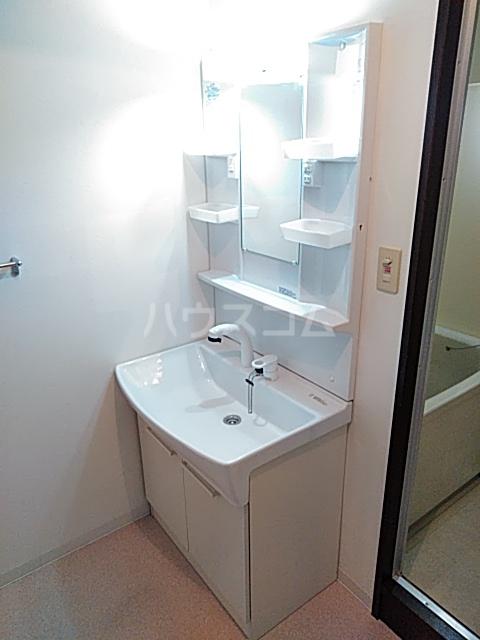 セレッソ高宮 504号室の洗面所