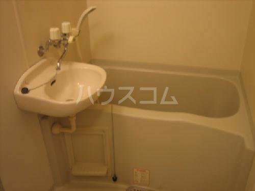 レオパレスエストーディオ 201号室の風呂