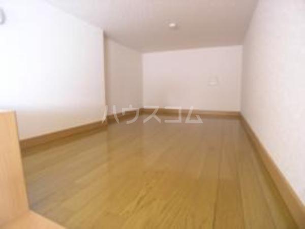 コンフォートベネフィス鳥飼Ⅰ 101号室のトイレ