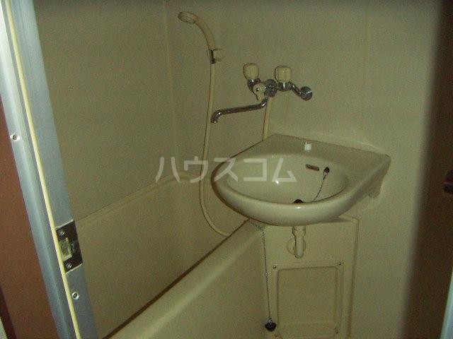 グレイス国府宮 504号室の風呂