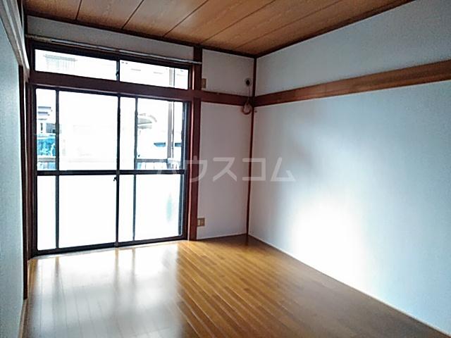 グリーンハイツヤマシゲ 103号室の居室