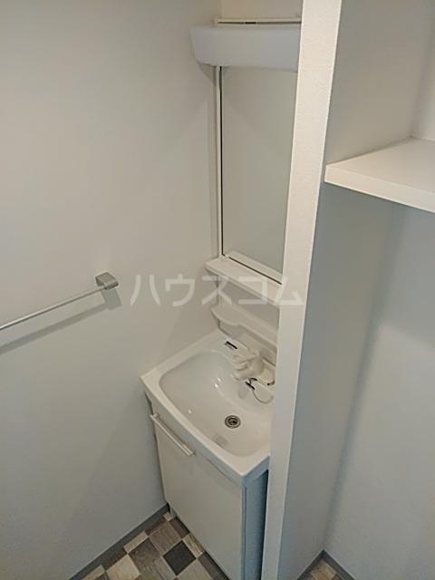 MODERN PALAZZO 西新SUR 607号室の洗面所