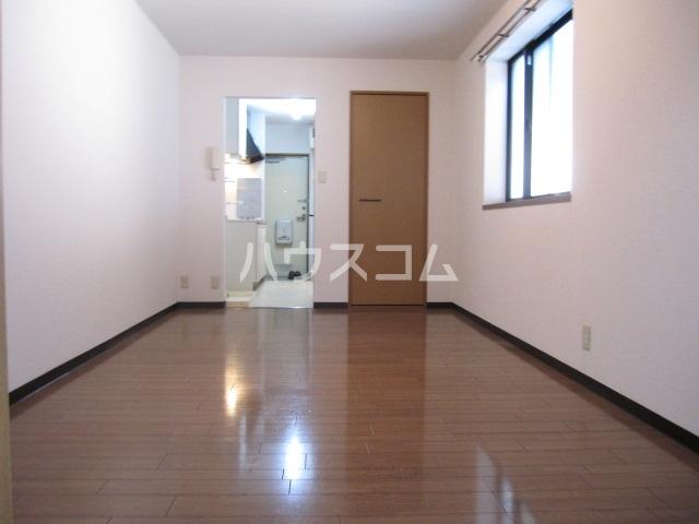 アーバン高宮 201号室のベッドルーム