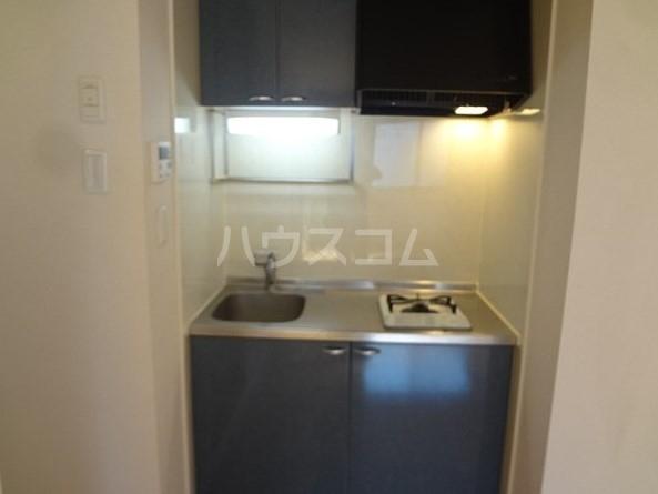 エスポワール五本木 201号室のキッチン