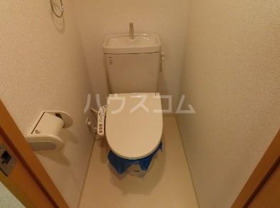 コンフィアンサ等々力 404号室のトイレ