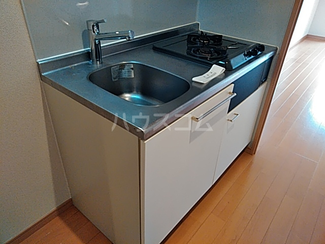 コンフィアンサ等々力 602号室のキッチン