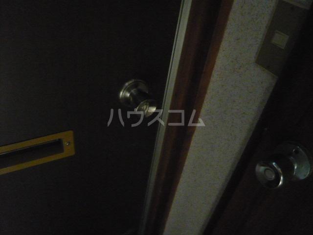 青木荘 201号室のセキュリティ