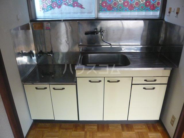 青木荘 201号室のキッチン