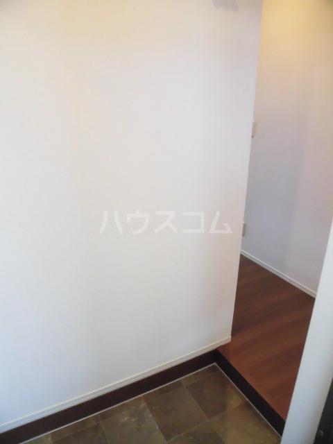メルベーユK 103号室の玄関