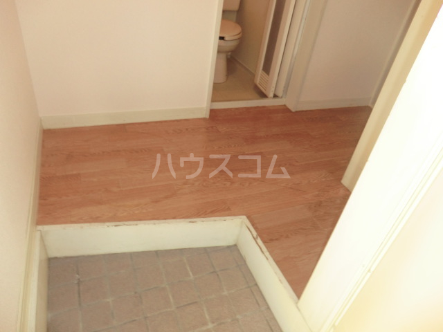 コスモ21有楽 113号室の玄関