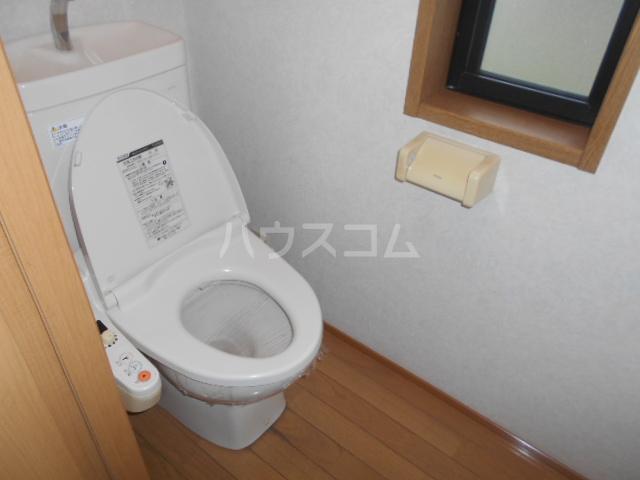 ペルシュワール 101号室のトイレ