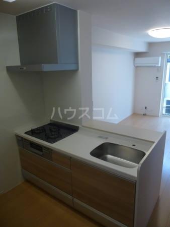コンフォール 202号室のキッチン