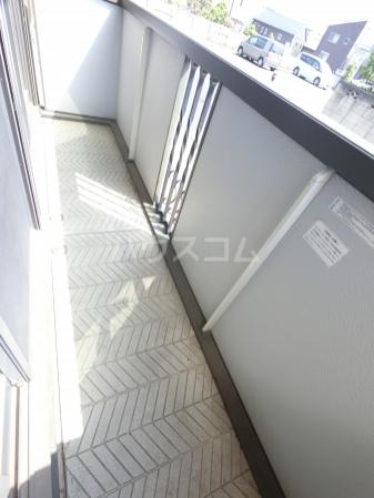 ヴィラージュ・ガーデンA 103号室のバルコニー