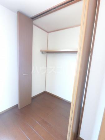 ヴィラージュ・ガーデンA 103号室の収納
