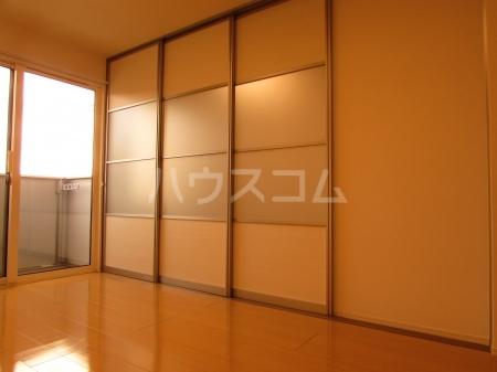 ぱるタウン B 202号室の居室
