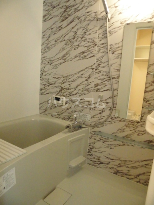 D-room大崎 101号室の風呂