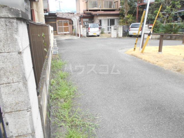 小俣町戸建の駐車場
