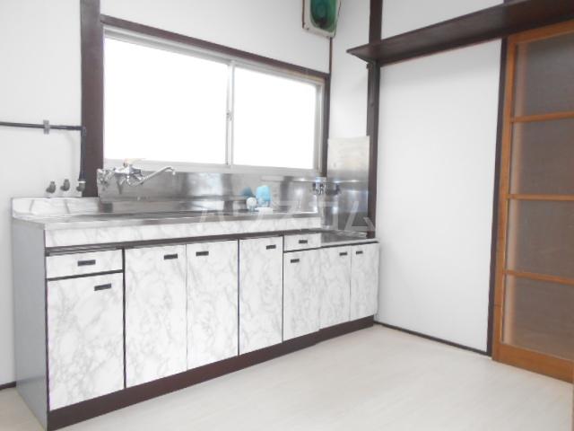 小俣町戸建のキッチン