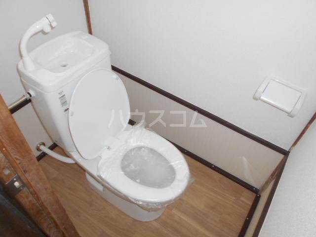 小俣町戸建のトイレ