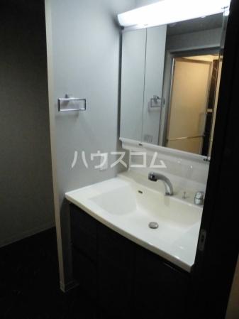 CASA94 1207号室の洗面所