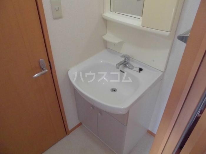 K-クロッシング 0308号室の洗面所