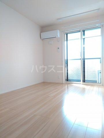 グリーンステージ松井A 201号室のベッドルーム