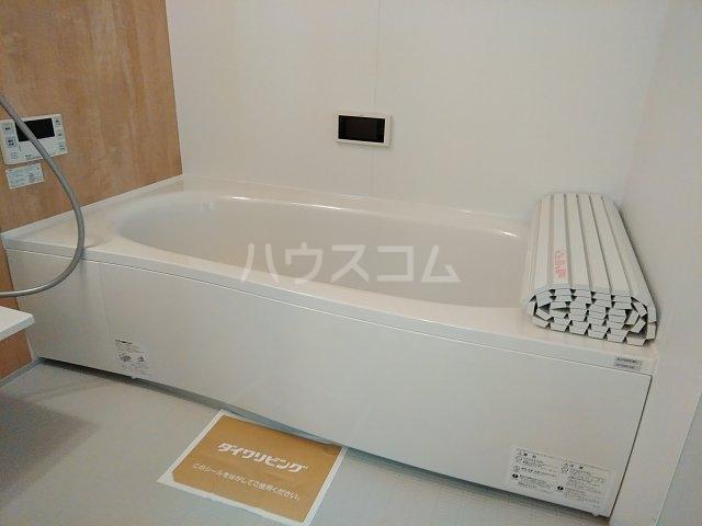 グリーンステージ松井A 201号室の風呂