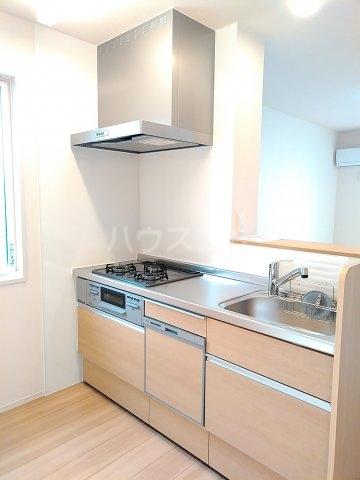 グリーンステージ松井A 201号室のキッチン