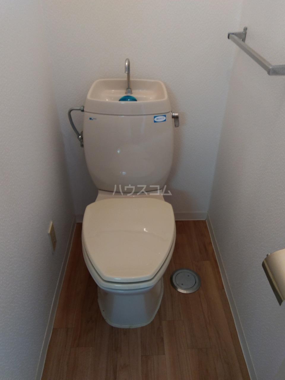 サンコーポ山田 B棟 105号室のトイレ