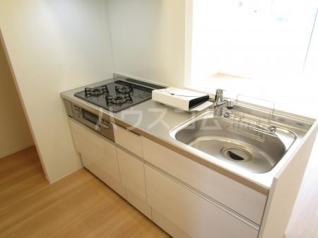 コンフォール西小鷹野Ⅱ 103号室のキッチン