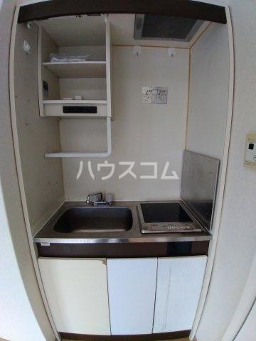 アーバンハイツ 301号室のキッチン